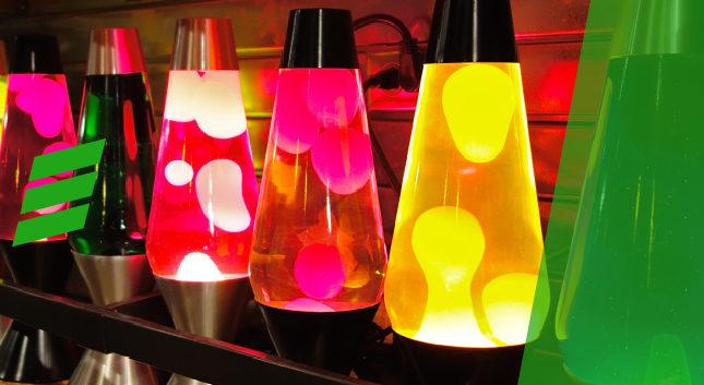 Lava lamps e seu quarto no estilo anos 60!